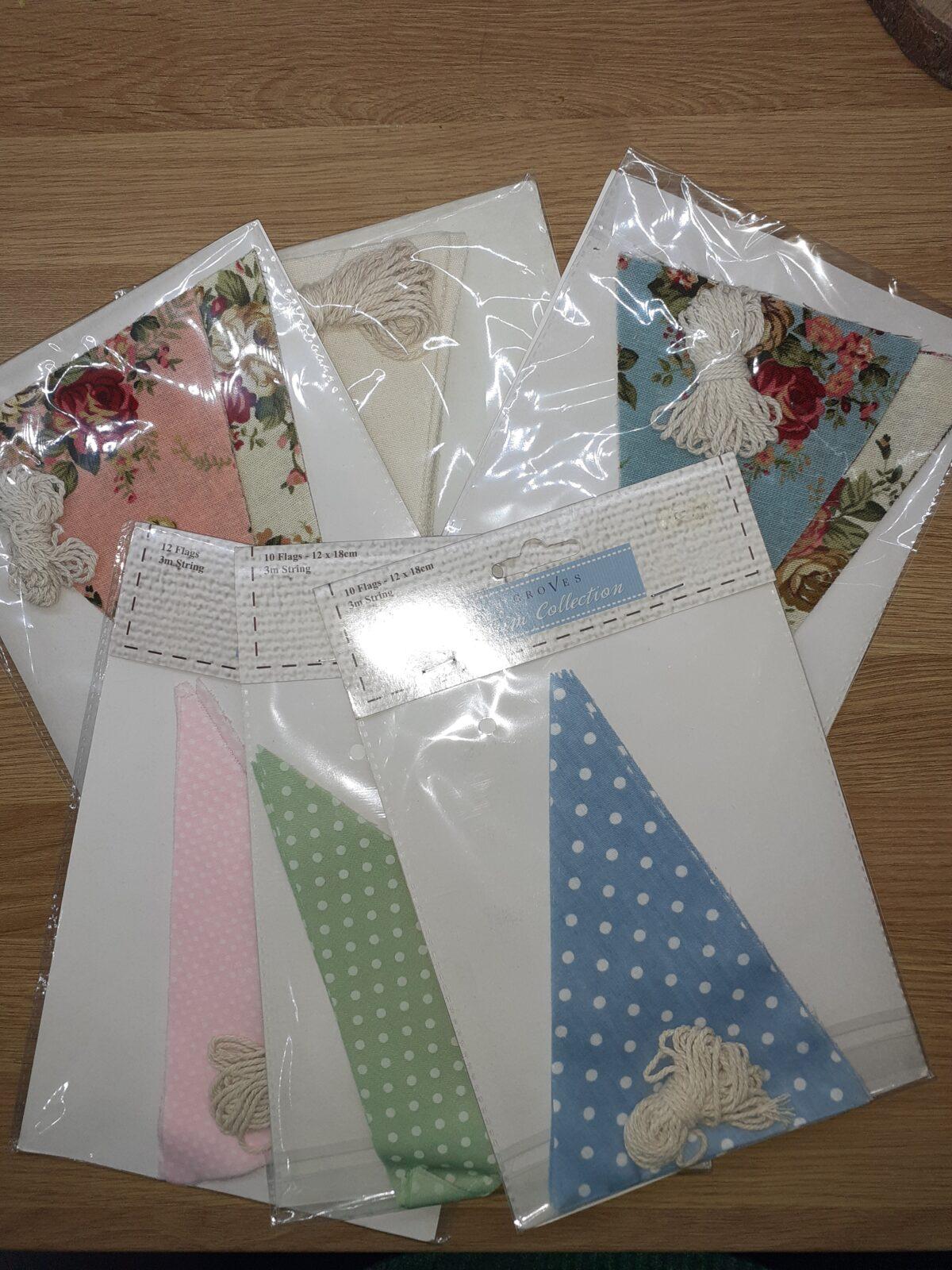 Mixed packets 10 Flag bunting kit